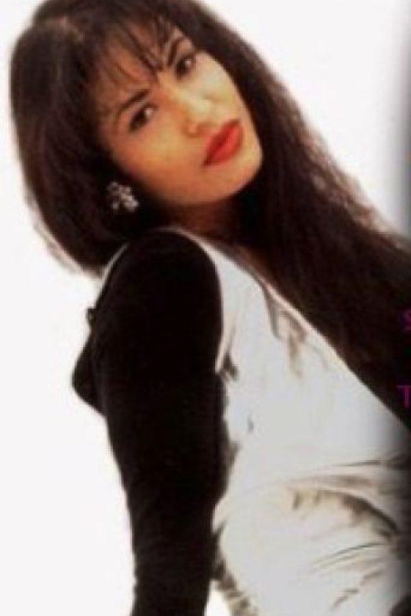 """""""No me considero un símbolo sexual soy simplemente una mujer a la que la naturaleza, por fortuna, dotó de ciertos atributos"""", mencionó en una entrevista según el sitio de """"Univisión"""" Foto:Facebook/Selena"""