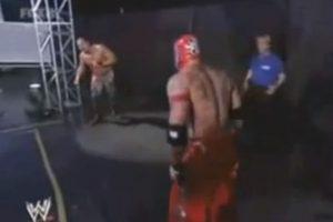 A causa de desgaste, tuvo severas lesiones en la rodilla izquierda Foto:WWE
