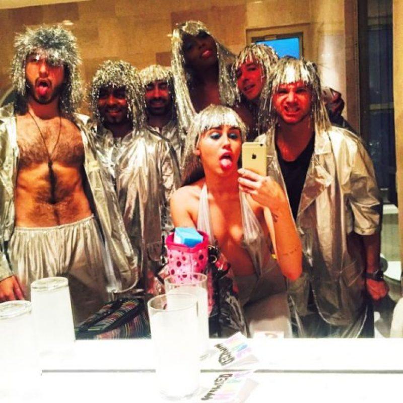 Miley con sus amigos Foto:Instagram/Miley Cyrus