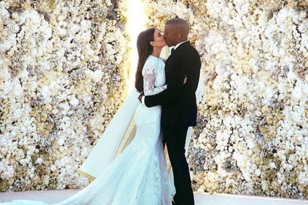 La primera imagen divulgada de la boda de la socialité Kim Kardashian y el rapero Kanye West. Foto:Vía Instagram @KimKardashian