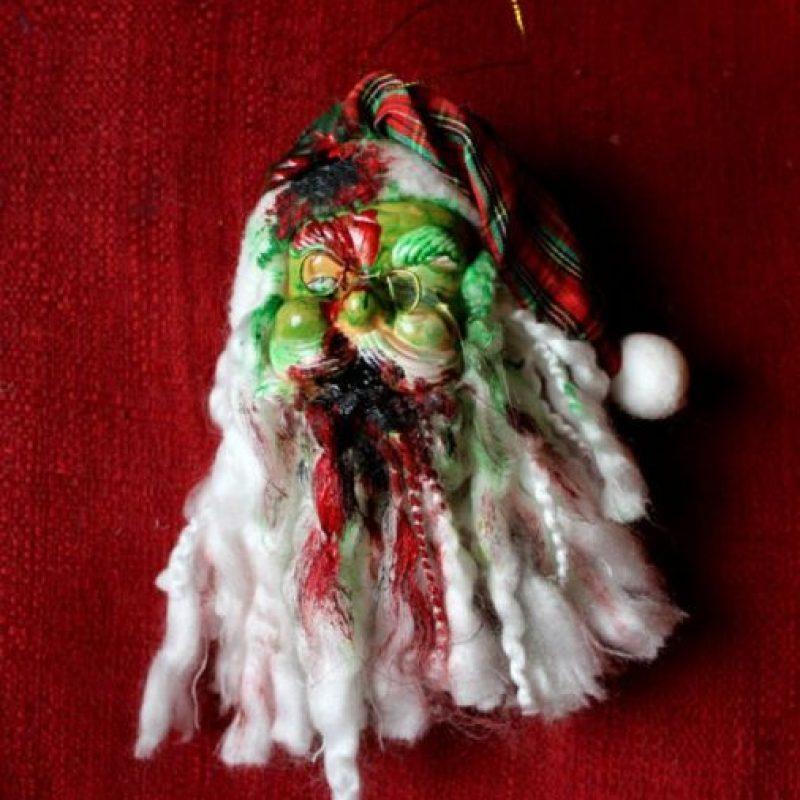 A Santa le hicieron vudú. Foto:Etsy