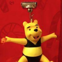 Es Navidad y Winnie Pooh tiene algo que confesarles. Foto:Etsy