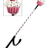 Just Desserts Cupcake Crop es un bastón que cuesta unos 22 dólares Foto:Just Good Vibrations