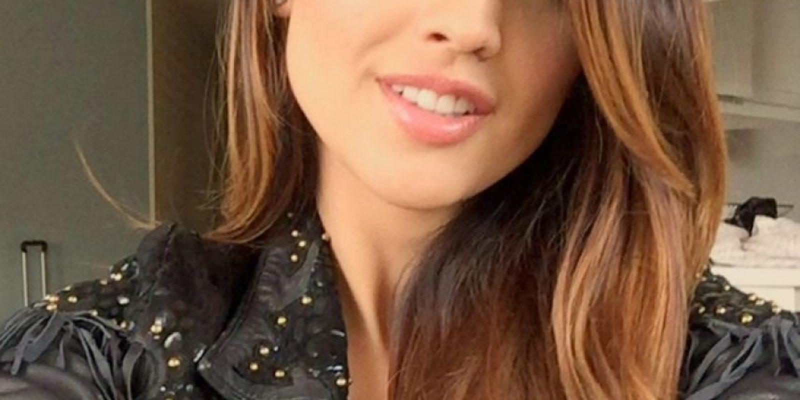 """Completó dos años de un curso de tres años antes de que fuese elegida como protagonista de la telenovela juvenil """"Lola, érase una vez"""" Foto:Instagram @eizagonzalez"""
