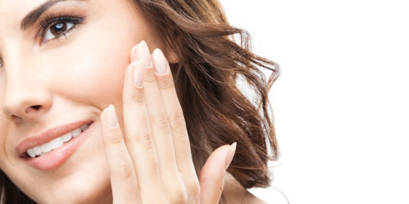 Lo ideal es que cuides tu piel con productos recomendados por dermatólogos. Aunque recuerda, tienes la ventaja que la piel grasa es mucho más noble que otras. Foto:Shutterstock