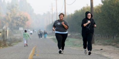 En algunas ocasiones la obesidad puede limitar la libertad de cientos movimientos o de mostrarse completamente a la pareja. Foto:Getty Images
