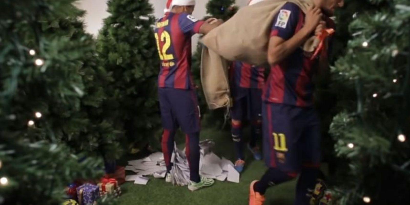 Lo que provocó la burla de sus compañeros Foto:Youtube: Barcelona FC