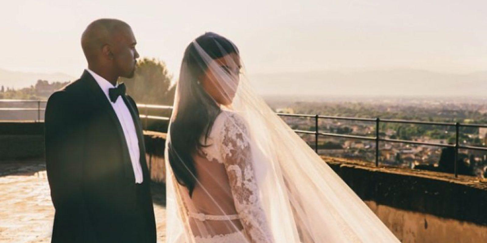 """La pareja más popular de la televisión dio el """"sí"""" el 24 de mayo. Foto:Instagram/Kim Kardashian"""