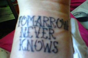 "Si quiso decir ""mañana"", entonces es: tomorrow Foto:Reddit"