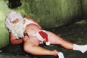 ¿Así quedará Santa al final de su jornada de trabajo anual? Foto:Tumblr.com/Tagged/santa-miedo