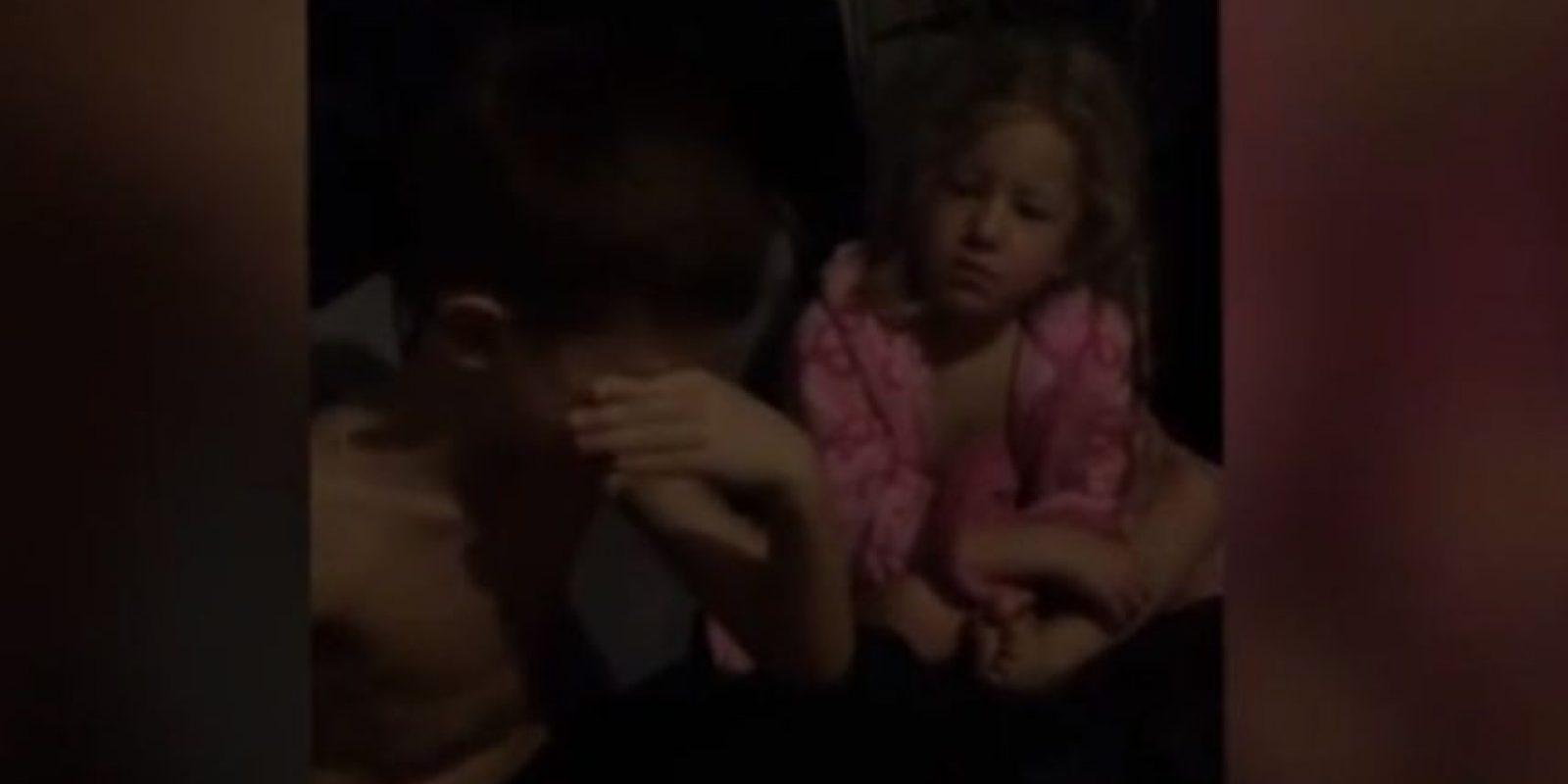 """Los nños tenían """"13 días para mejorar"""". Su reacción ha sido viral Foto:Youtube/Laura Cole"""