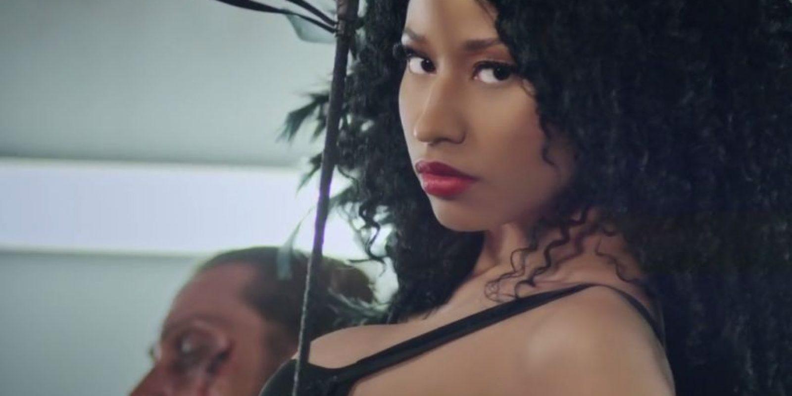 A mediados de 2009, Minaj firmó un contrato con la discográfica Young Money Entertainment con la distribución de Universal Motown Foto:NickiMinajAtVEVO