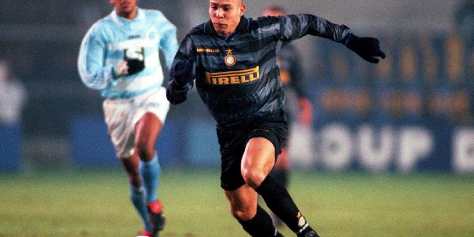 En su etapa con el Milán en 1997 Foto:Getty