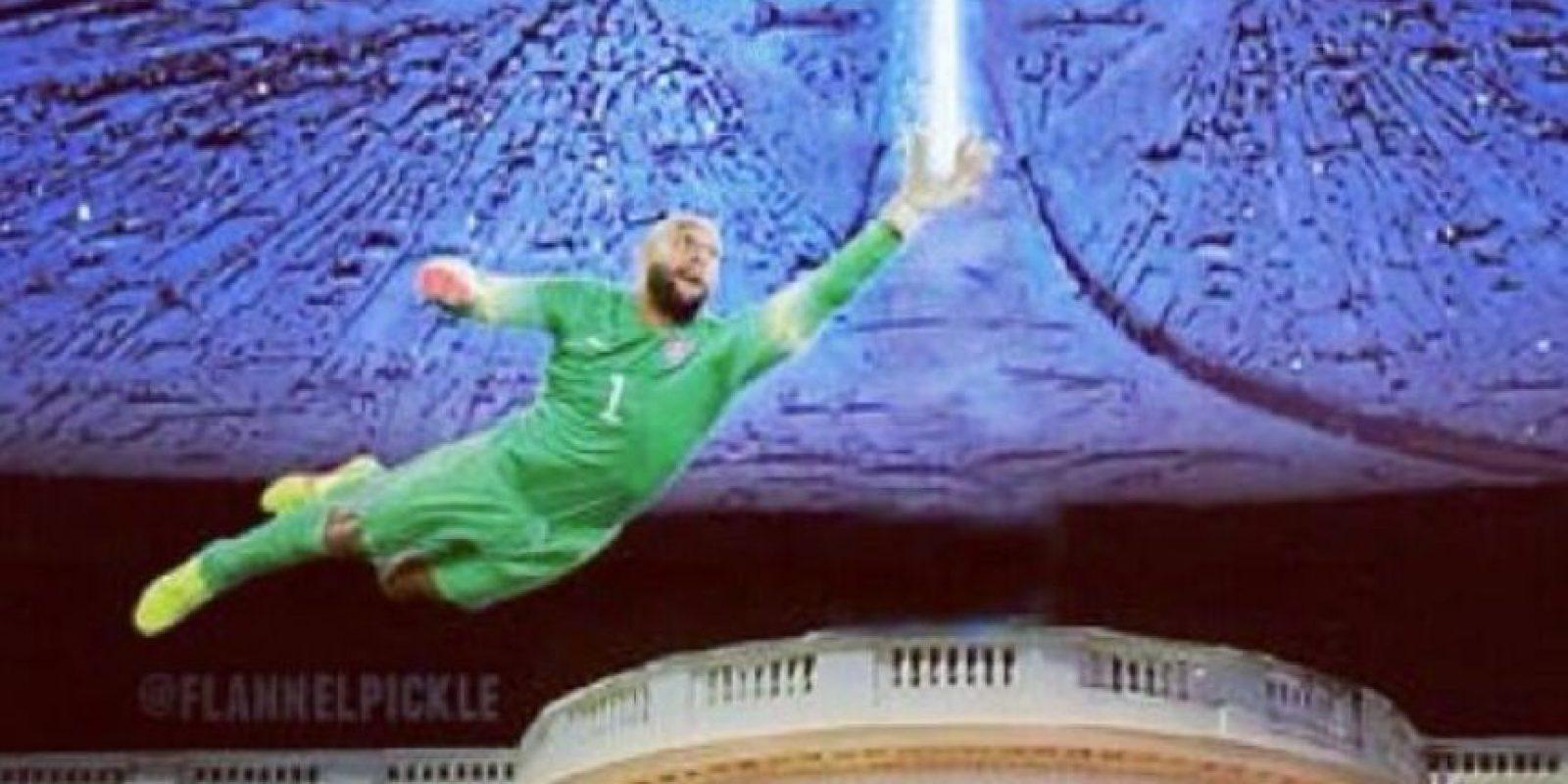 Las atajadas del estadounidense Tim Howard provacaron muchos memes Foto:Twitter