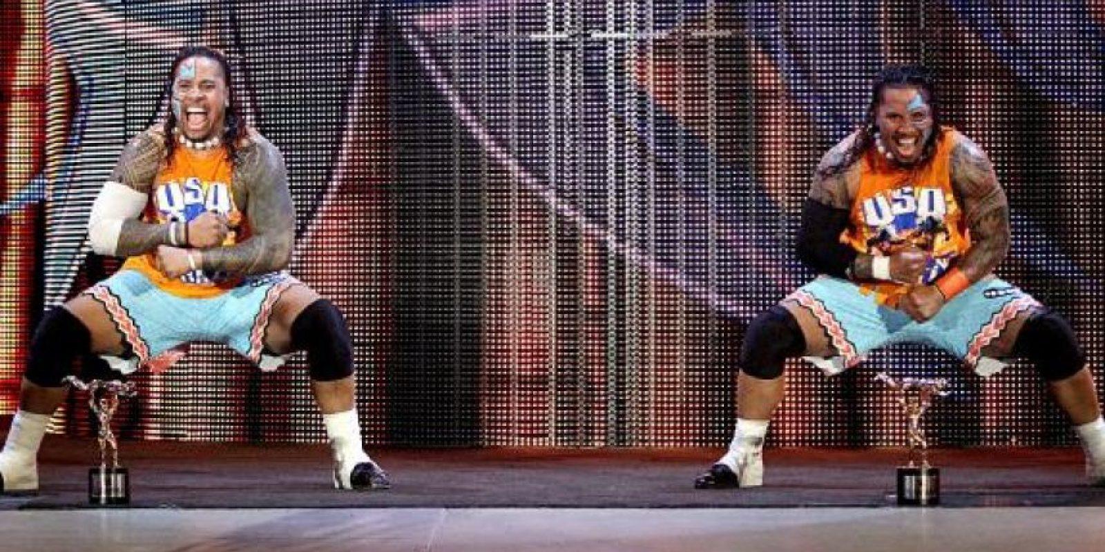 Se jugarán el Campeonato de Parejas contra Los Usos Foto:WWE