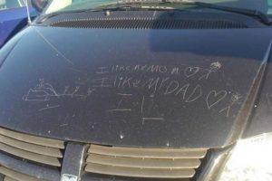 ¡Le demostraré a mis padres cuánto los amo rayando el auto! Foto:Know Your Meme