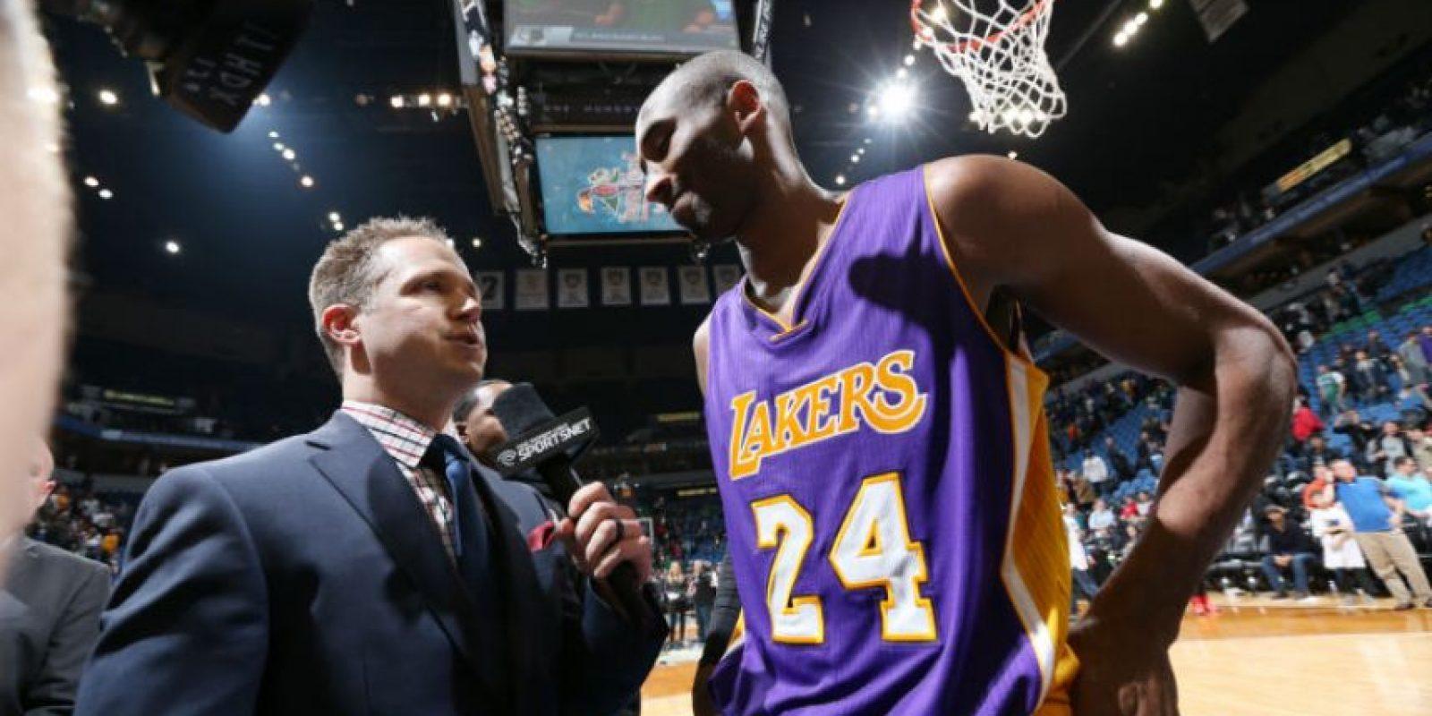 Bryant fue el más solicitado por los medios de comunicación, la noche del domingo. Foto:AFP