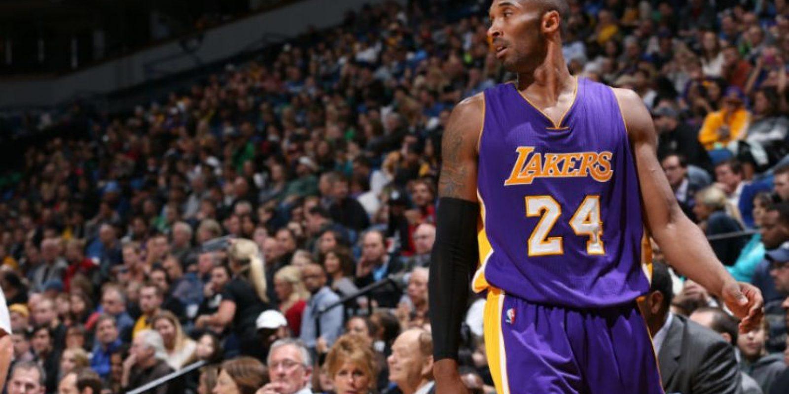 Kobe Bryant juega su temporada número 19 en la NBA. Foto:AFP