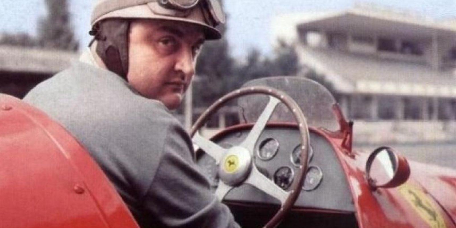 En 1951 terminó en el tercer puesto del campeonato de pilotos, aunque las primeras tres carreras había sido parte de la escudería Talbot-Lago. Foto:Twitter