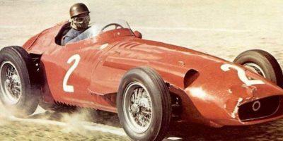 Dos temporadas fue las que Fangio participó con Ferrari. Foto:Twitter