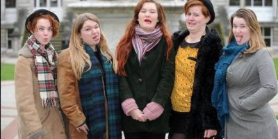 Los hombres también han posteado fotos. Foto:Ugly Girls Club/Facebook