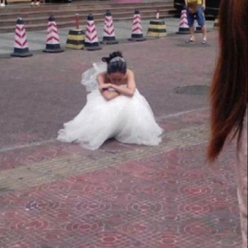 La dejó botada. Foto:Weibo
