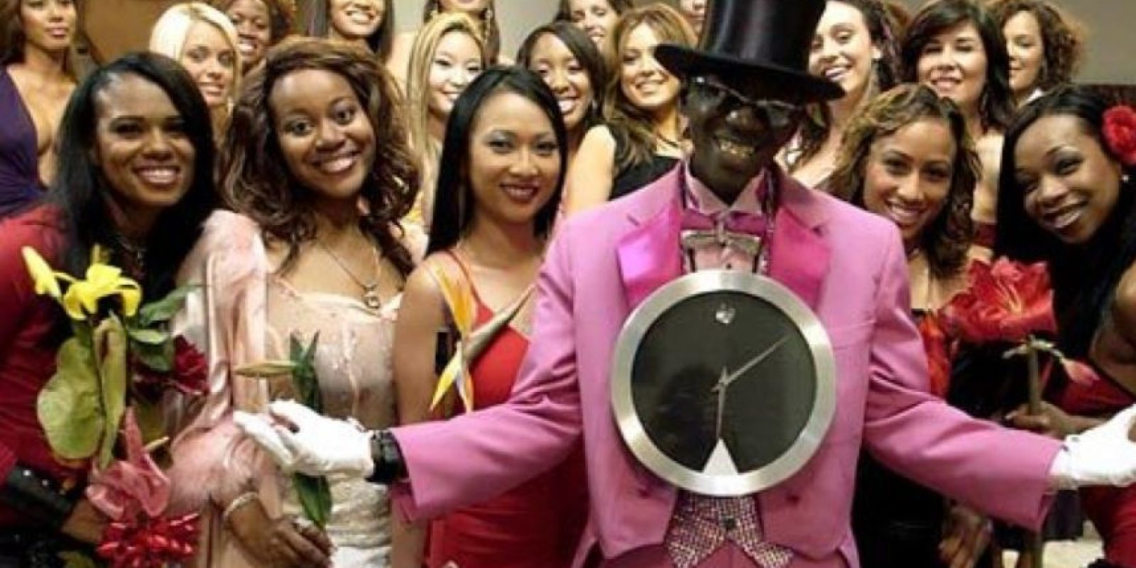 "En 2006, VH1 lanzó un reality de citas al estilo ""The Bachelor"" en el que varias concursantes peleaban por salir con él. Foto:VH1"