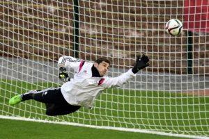Iker Casillas durante el entrenamiento de este lunes. Foto:AFP