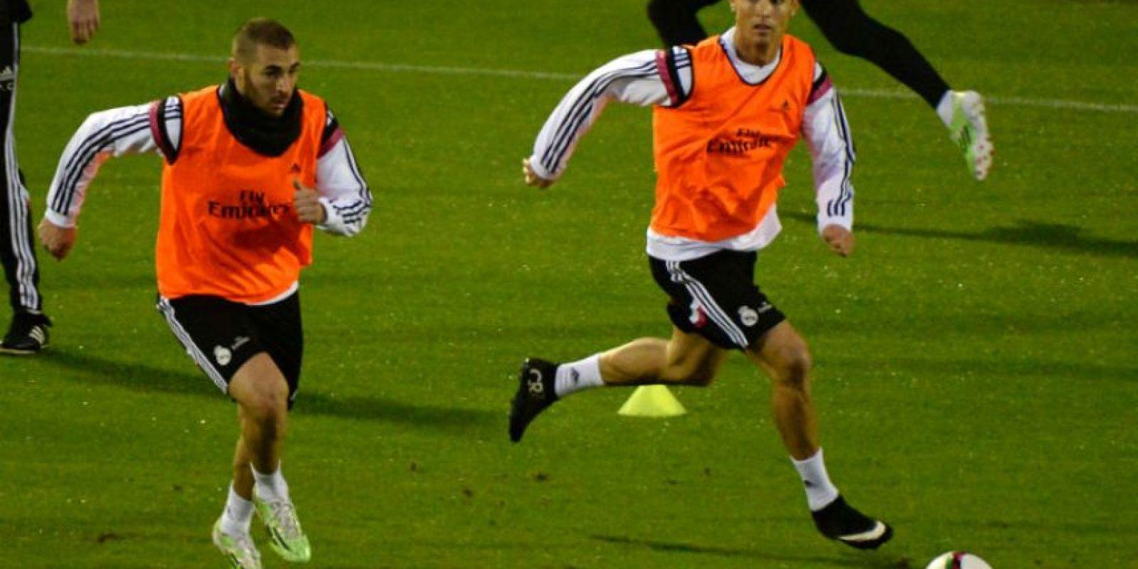 Benzema y Ronaldo durante el entrenamiento de este lunes. Foto:AFP