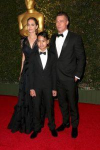 2013, Angelina Jolie, Maddox Jolie-Pitt y Brad Pitt Foto:Getty Images