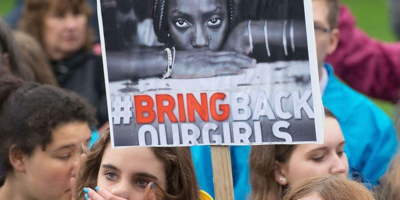 Boko Haram provocó el hashtag #BringBackOurGirls tras el secuestro de las 200 niñas Foto:Getty Images