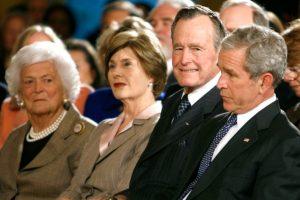 El resto de su familia en un evento. Foto:Agencias