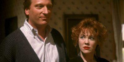 Jeffrey Jones y Catherine O'Hara en 1988 Foto:IMDB