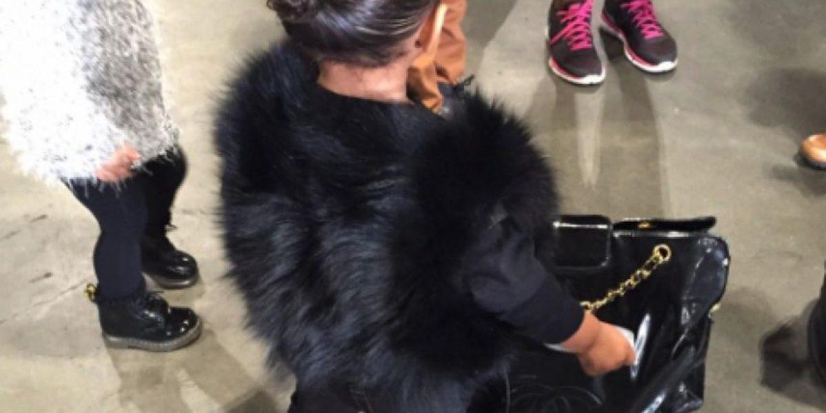 Kim Kardashian responde a las críticas por cortar a su hija en una foto