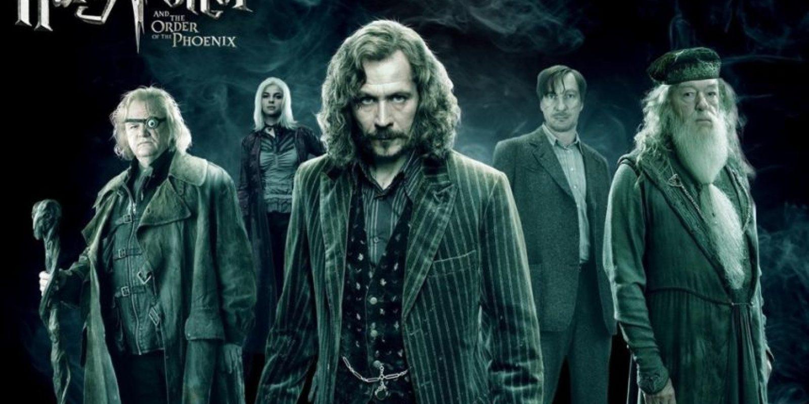 Aunque J.K Rowling se lamentó de haber matado a un personaje secundario en la trama, mató a muchos más que si les dolieron a los fans. Foto:Warner Bros
