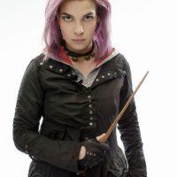 Nymphadora Tonks, auror, esposa de Remus Lupin. Cambiaba su aspecto a voluntad. Foto:Warner Bros