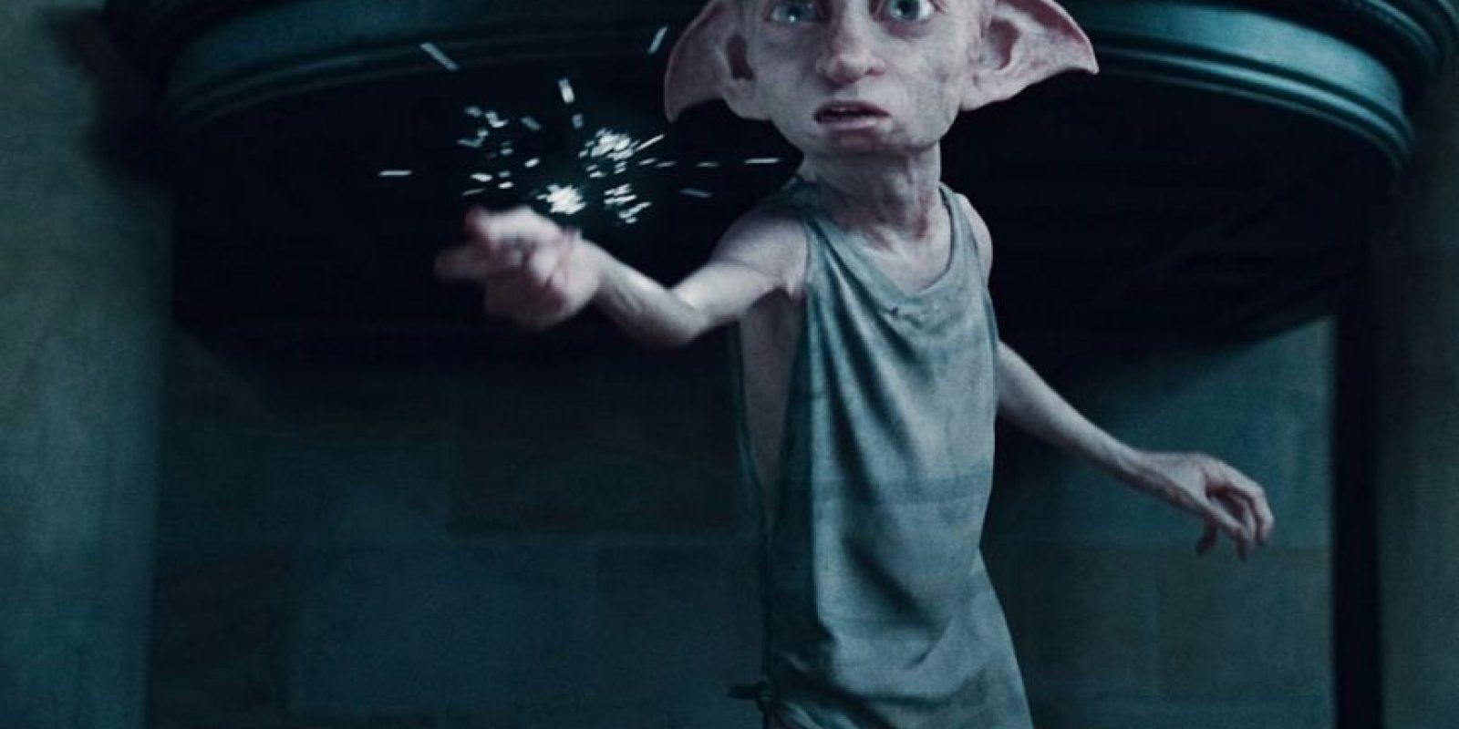 Dobby, el elfo doméstico liberado por Harry, fue de gran ayuda hacia él en los momentos finales. Foto:Warner Bros