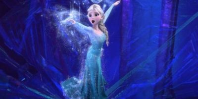 Elsa llega a StoryBrooke buscando a su hermana. Foto:Disney