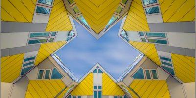 """Las casas cubo (en holandés: Kubuswoningen) son un innovador conjunto de casas construidas en Rotterdam y Helmond en los Países Bajos, diseñadas por el arquitecto Piet Blom y basadas en el concepto de """"vivir como un techo urbano"""": viviendas de alta densidad con suficiente espacio en la planta baja. Foto:Agencias"""