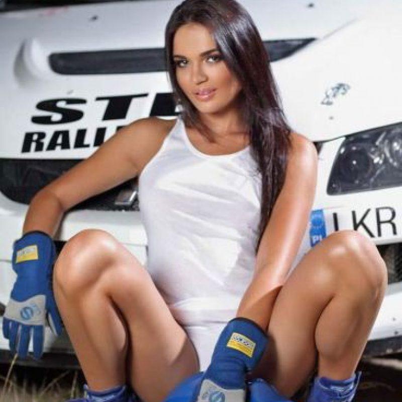 Además de su pasión por las carreras, a Inessa le encanta el modelaje. Foto:televisadeportes.es.mas.com