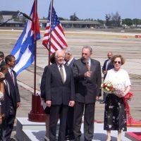 El ex presidente Jimmy Carter se reunió con el entonces presidente cubano Fidel Castro en la isla durante el año 2002 Foto:Getty Images