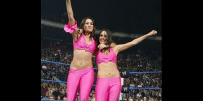 Siempre peleaba al lado de su hermana Brie Foto:WWE
