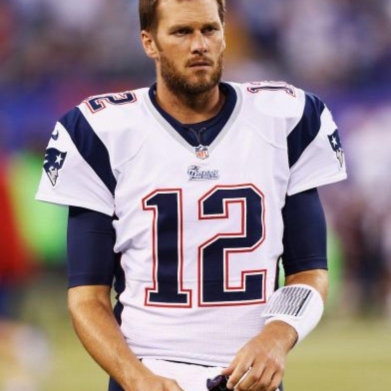 Tom Brady es un jugador de la NFL, tiene 37 años y milita en New England Patriots. Foto:Getty Images