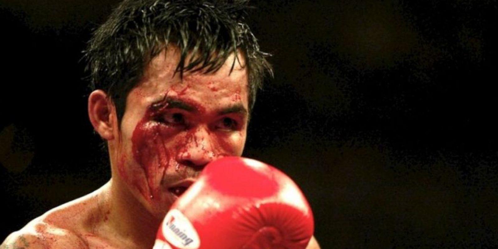 En 2005 perdió con Érik Morales, en una de las peleas en las que terminó más golpeado Foto:Getty