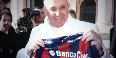 El Papa Francisco también es hincha del combinado argentino Foto:Twitter: @SanLorenzo