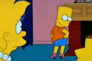 """En el episodio """"The Principal and the Pauper"""", Seymour Skinner se revela como un impostor llamado Armin Tamzarian cuando el verdadero Skinner aparece después de haber desaparecido y dado por muerto en Vietnam. Foto:We Heart It"""