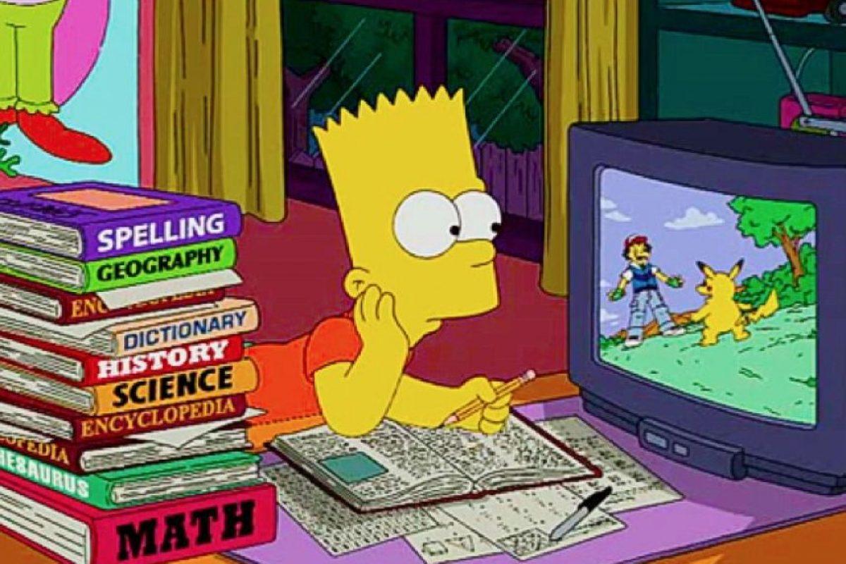 """9. La convivencia con alguien como Homero sería imposible si no se está a su mismo nivel intelectual tan deficiente. Podrán ver este claro ejemplo en el episodio """"Homer's Enemy"""". Foto:We Heart It"""