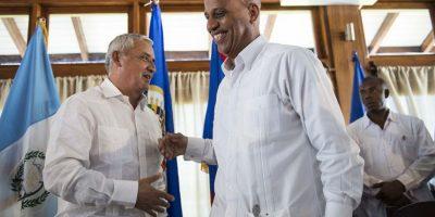 El presidente estrechó los lazos con el país caribeño durante su visita. Foto:Oliver de Ros