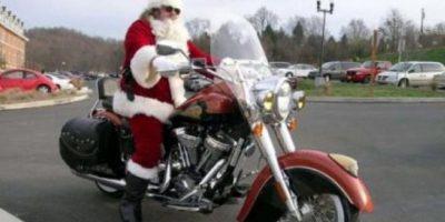 En moto Foto:Tumblr.com/Tagged/Santa