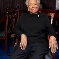 3. Maya Angelou. Poeta, escritora y activista de derechos civiles de St. Louis, Estados Unidos murió el 28 de mayo a la edad de 86. Angelou se hizo famosa por su serie de siete autobiografías, centradas en su infancia y sus experiencias de adulto joven. Recibió decenas de premios y más de 50 títulos honoríficos. Foto:Getty Images